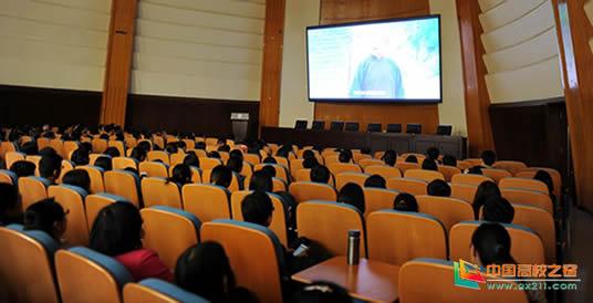 北京大中小学师生参加爱国主义主题教育活动