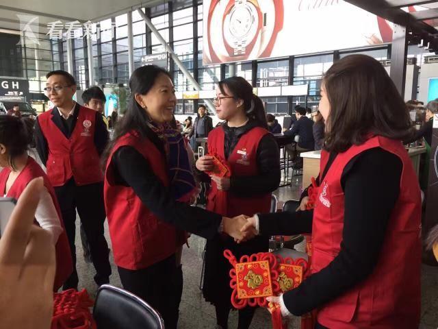 """贵州省清镇市架起党群""""连心桥"""" 志愿服务暖人心"""
